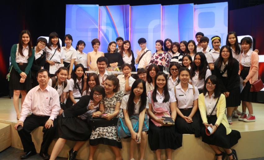 คณะแพทย์ศาสตร์ มหาวิทยาลัยขอนแก่น เยี่ยมชมสถานีโทรทัศน์ไทยพีบีเอส