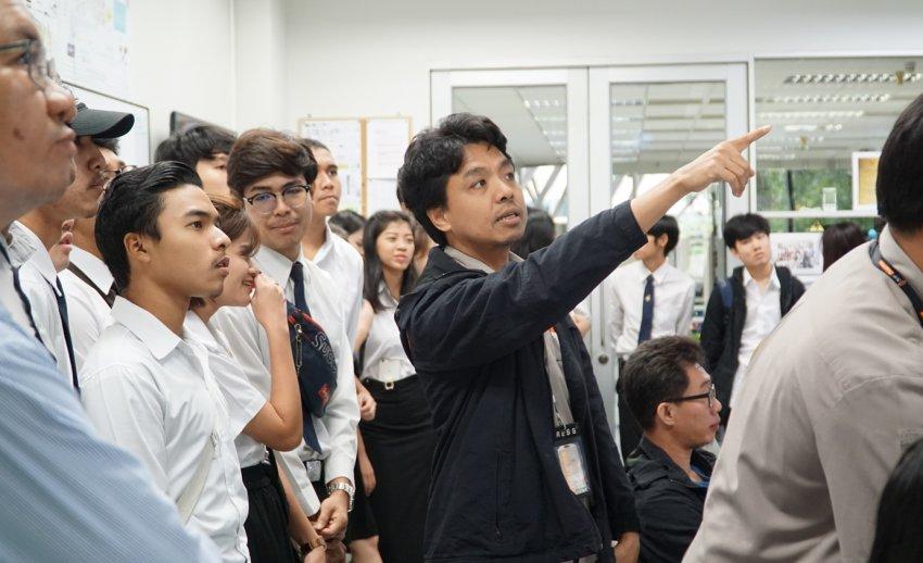 ไทยพีบีเอส ต้อนรับคณะเยี่ยมชมจากคณะบริหารธุรกิจและเทคโนโลยีสารสนเทศ มหาวิทยาลัยเทคโนโลยีราชมงคลตะวันออก วิทยาเขตจักรพงษภูวนารถ